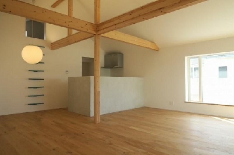 ダイニングキッチン 快適性とゆとりをデザインしたリビングは、広々した空間。