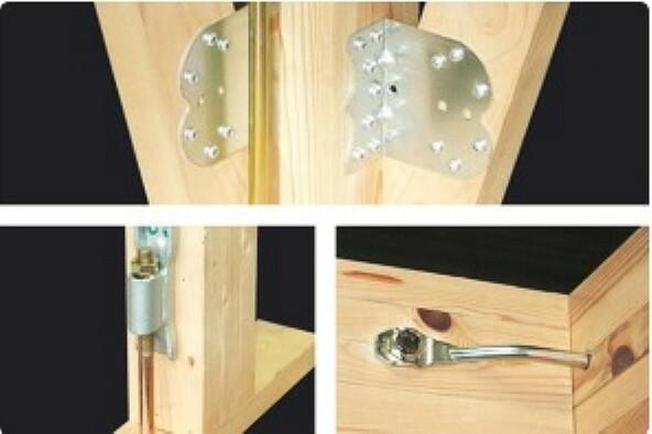 構造・工法・仕様 構造材をつなぎとめる結合部には「耐震金物」を採用。基礎・土台・柱など結合部ごとに適材適所な耐震金具を選び、構造体をしっかりと緊結します。