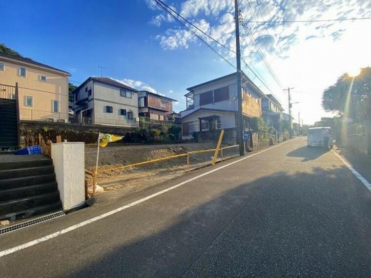 現況外観写真 南庭付きの新築4LDK!
