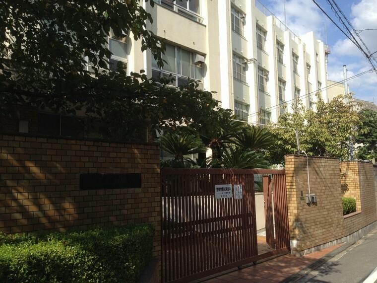 小学校 【小学校】大阪市立 鶴橋小学校まで349m