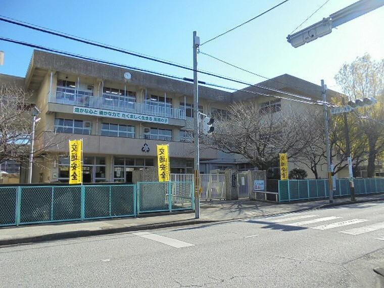 小学校 【小学校】高須小学校まで869m