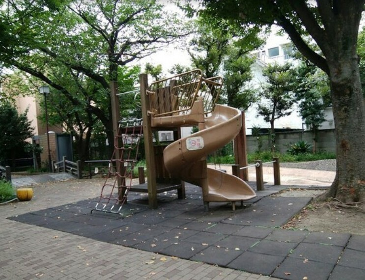 公園 中町せせらぎ緑地公園