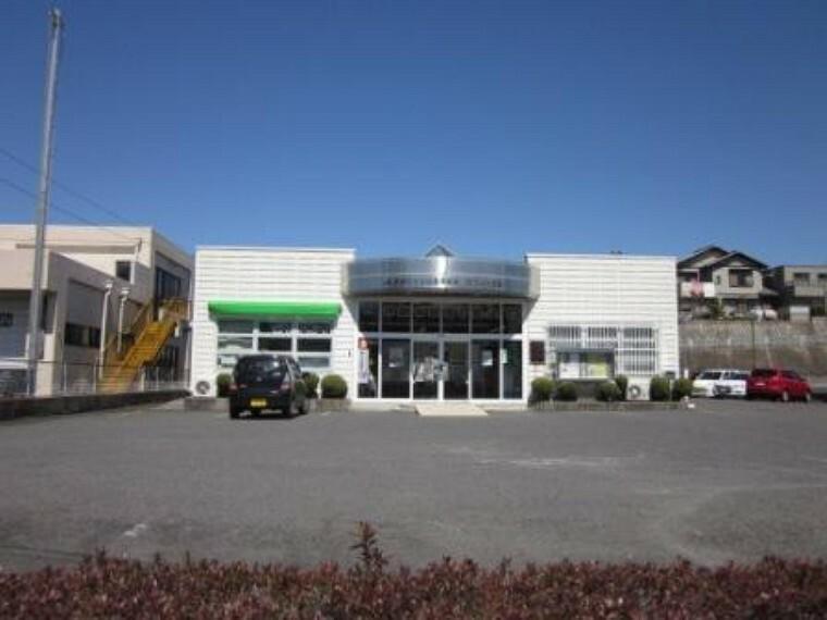 銀行 JAとうとホワイト支店