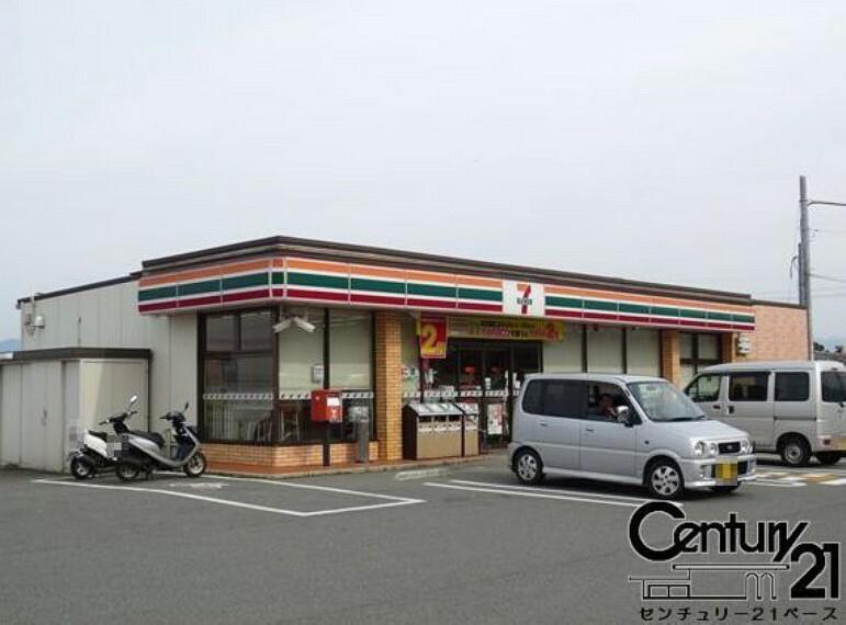 コンビニ セブンイレブン生駒東菜畑店
