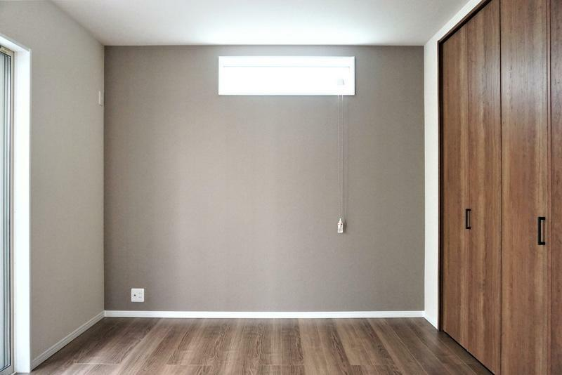 洋室 【施工事例:洋室】木のぬくもりがやさしいフローリングは、暮らしに安らぎをもたらします。