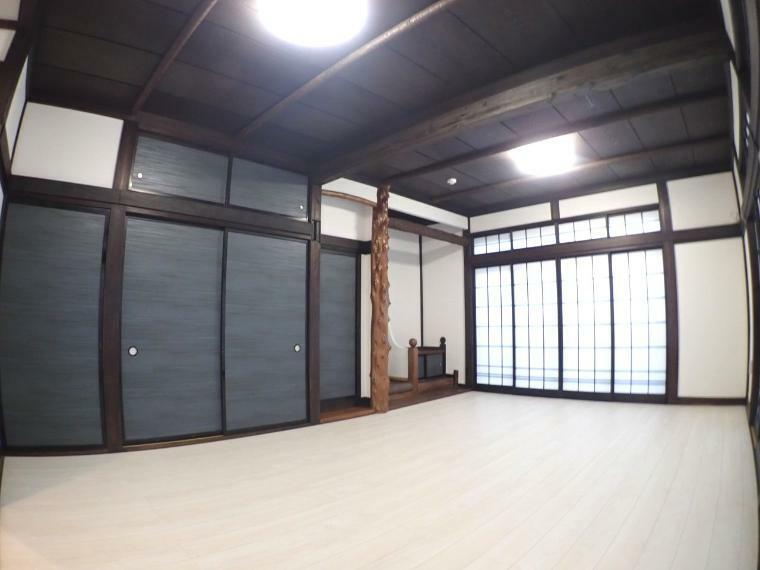 リビングダイニング 和室→洋室変更工事してます(1階LDK)
