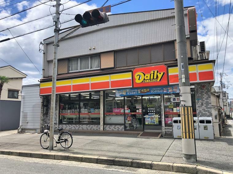 コンビニ デイリーヤマザキ東加賀屋店