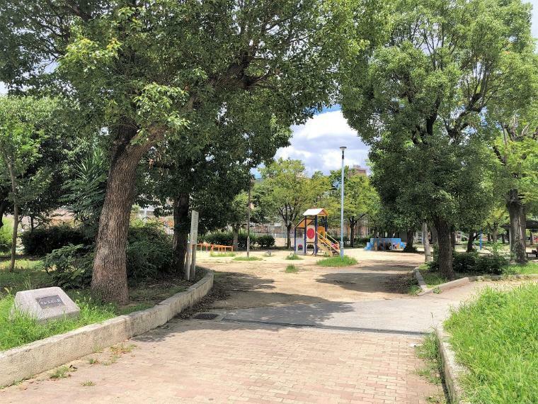 公園 中加賀屋公園