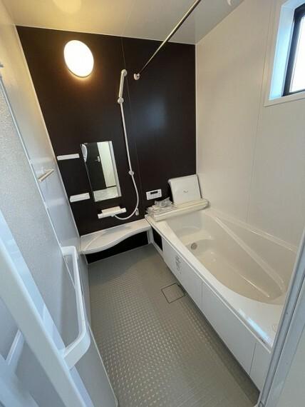 浴室 ※.施工例(実際とは設備仕様間取りなどが異なる場合がございますのでお近くのモデルルームにご案内致します。)