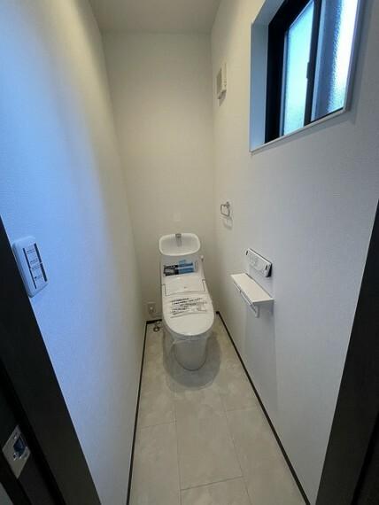 トイレ ※.施工例(実際とは設備仕様間取りなどが異なる場合がございますのでお近くのモデルルームにご案内致します。)