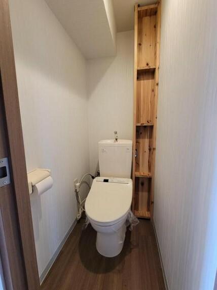 トイレ ホワイトのトイレは清潔感があって気持ちいいですね