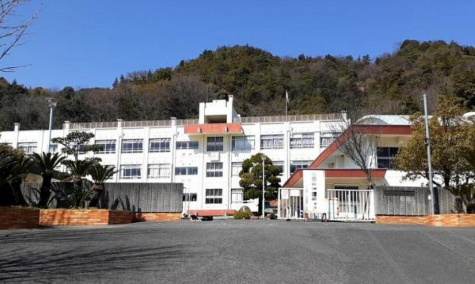 中学校 広島市立船越中学校