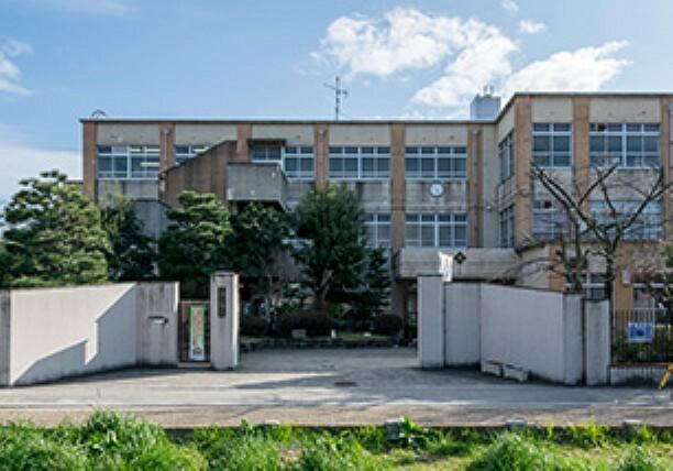 小学校 【小学校】唐橋小学校まで90m