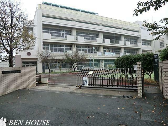 中学校 横浜市立錦台中学校 徒歩23分。部活動帰りの帰宅も安心の周辺環境となっております。