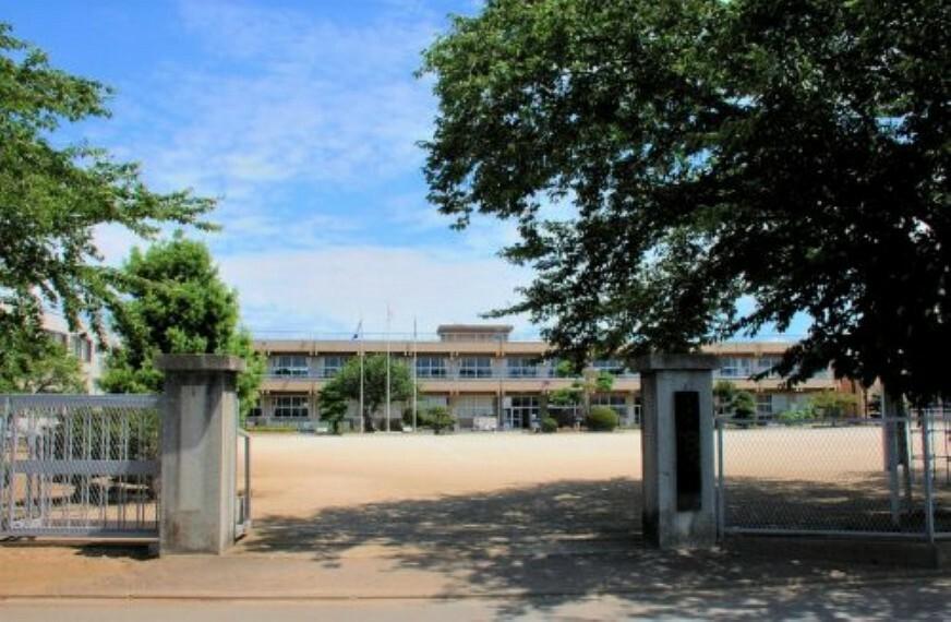 【小学校】土浦市立上大津東小学校まで831m
