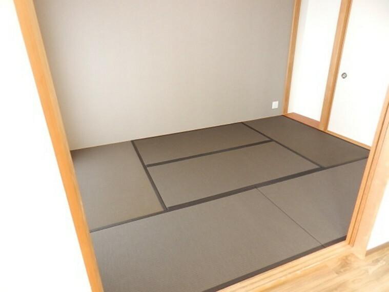 和室 ホッと一息つける和室。和の空間に癒されます。