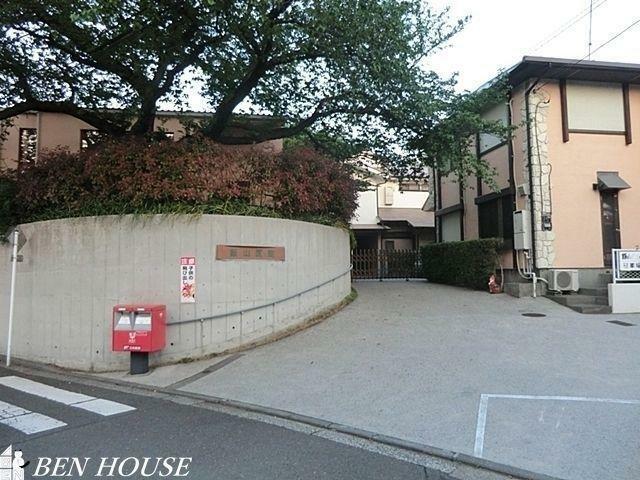病院 飯山医院 徒歩8分。かかりつけが徒歩圏内にあると安心です。