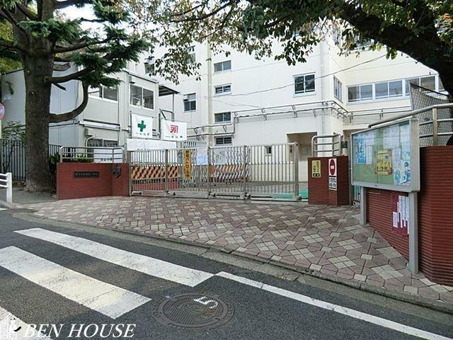 小学校 横浜市立寺尾小学校 徒歩3分。教育施設が近くに整った、子育て世帯も安心の住環境です。