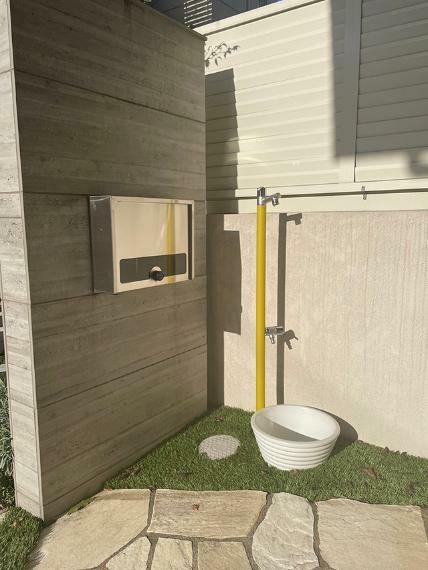 外観写真 ●屋外水栓も完備