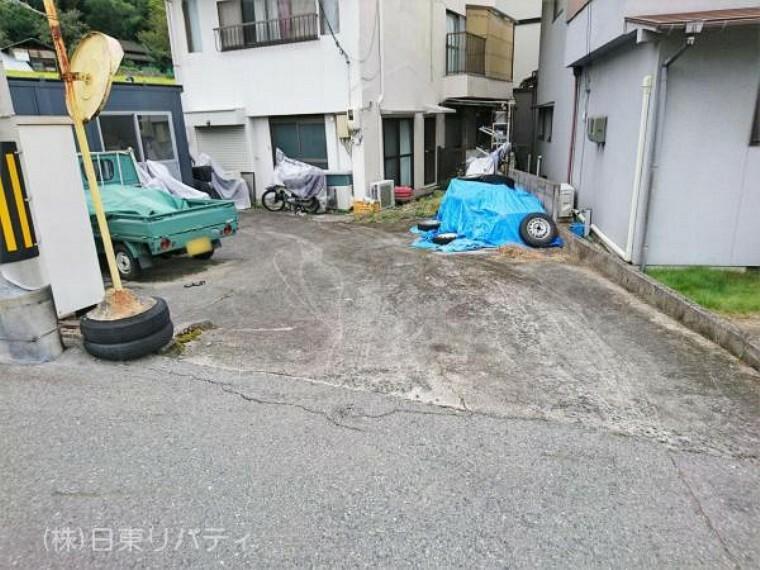 駐車場 現地(2021年9月)撮影