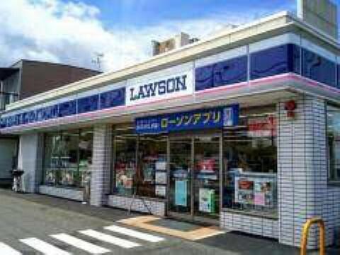 コンビニ 【コンビニエンスストア】ローソン 近江八幡多賀店まで1075m