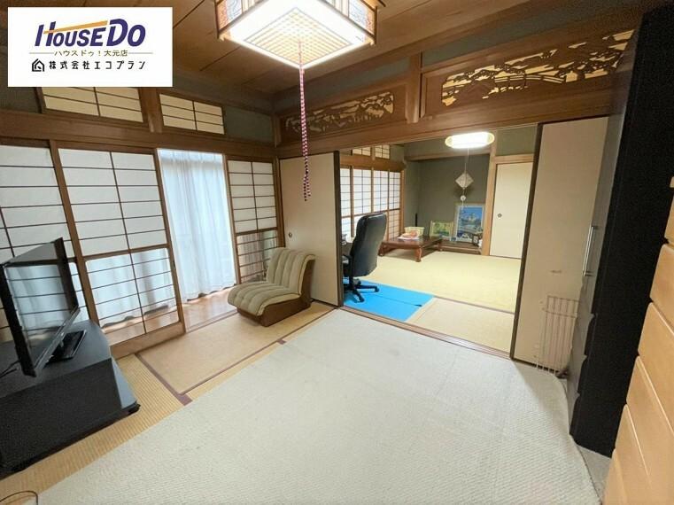 和室 和室は有るだけでも落ち着く空間ですが、 「家族団らん」 「来客時の客間」 等々多目的なスペースとして活用出来る便利な空間です。