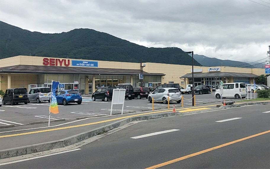 スーパー 西友上山田店