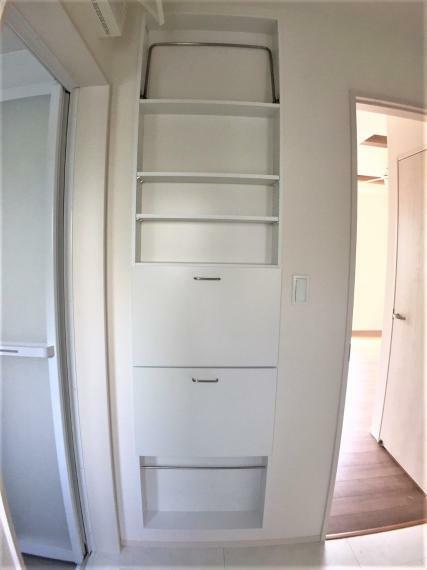 収納 散らかりがちな洗面所や脱衣所をすっきり整理できます。