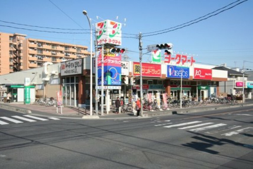 スーパー 【スーパー】ヨークマート入間店まで424m