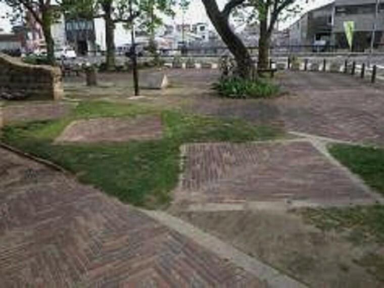 公園 【公園】小曽根緑地まで984m