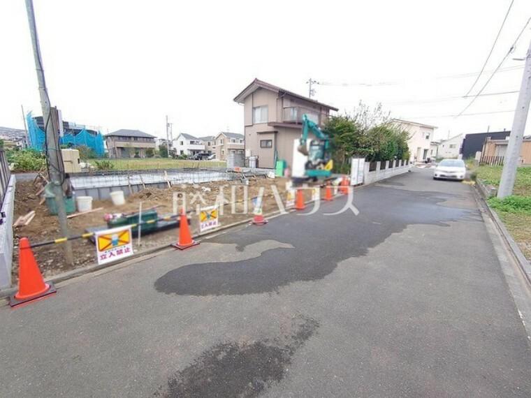 現況写真 接道状況および現場風景 【日野市西平山1丁目】