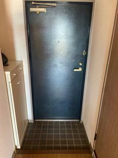 玄関 造作のミニ収納付の玄関!