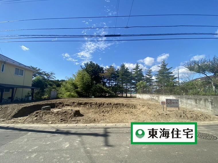 現況外観写真 (10月現在 現地写真)建物の解体が終わりました!これから建物完成に向けてスタートします