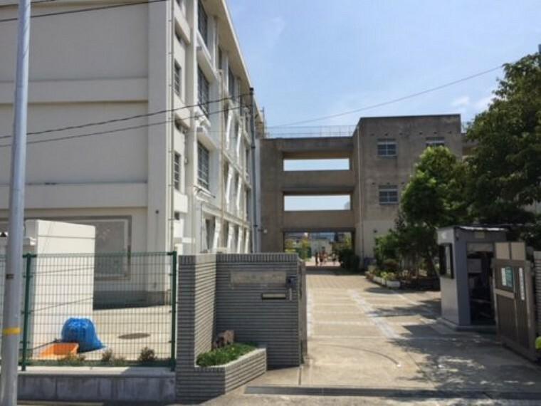 小学校 【小学校】尼崎市立浜田小学校まで373m