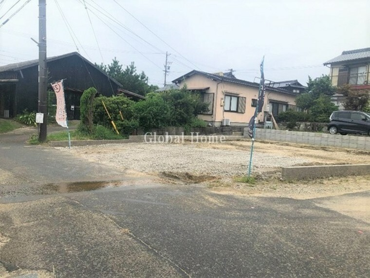現況写真 (2021年9月17日撮影) 小学校まで徒歩8分とお子様も安心の距離