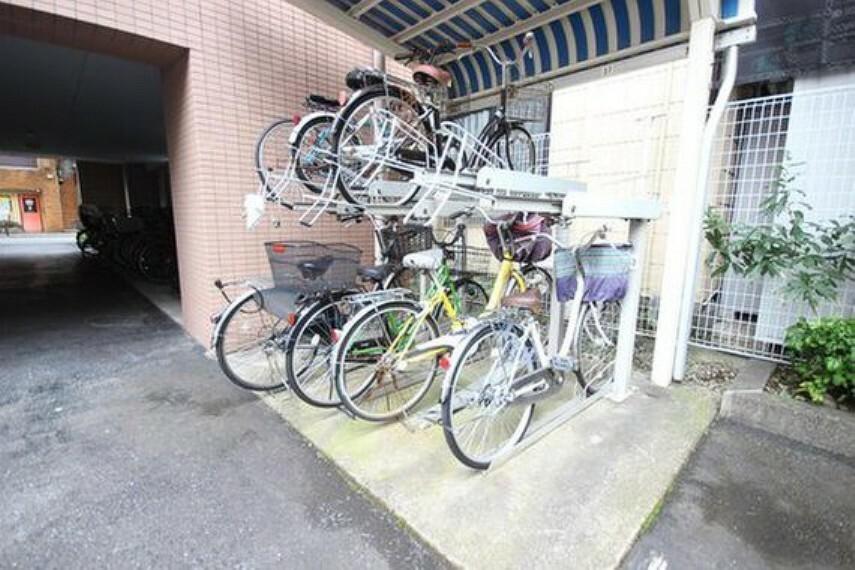 駐輪場 きちんと整備された駐輪場。住む方の心遣いが感じられます。