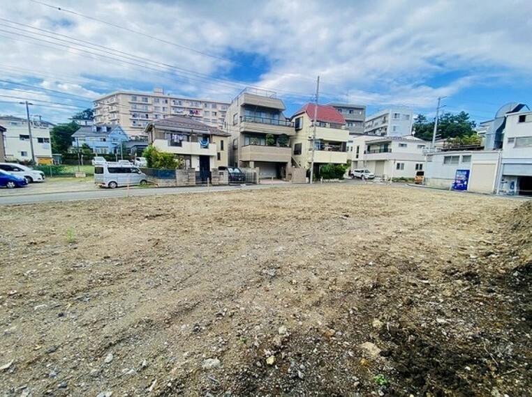 現況外観写真 東寺尾の住環境良好な分譲地内に全14棟の新築戸建が分譲開始!ハイスペック設備搭載のハイグレート住宅!
