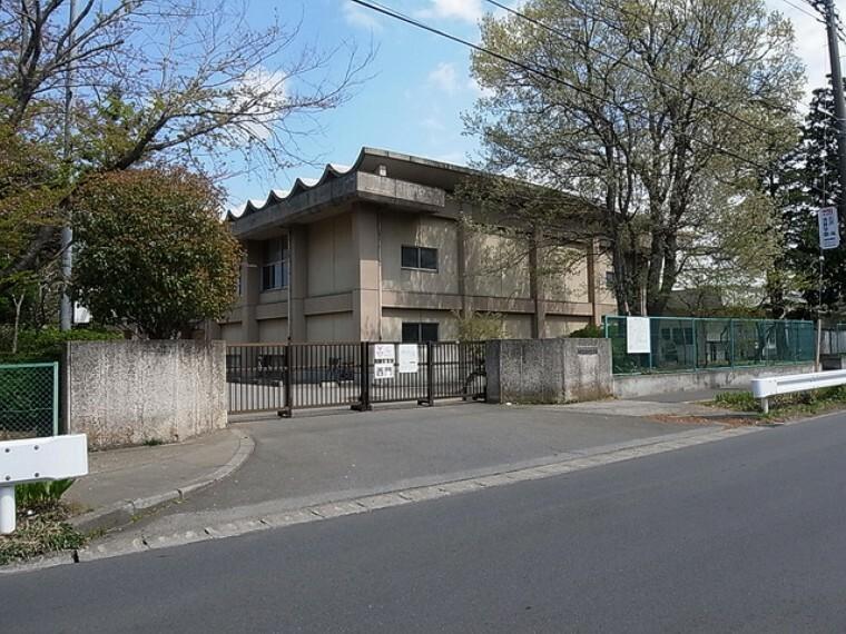 小学校 (佐倉市立西志津小学校)徒歩18分
