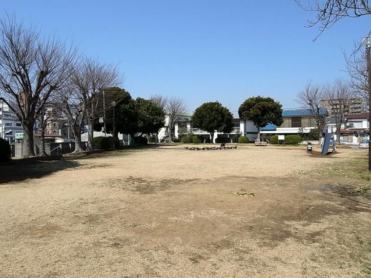 公園 (勝田台第7公園)徒歩2分
