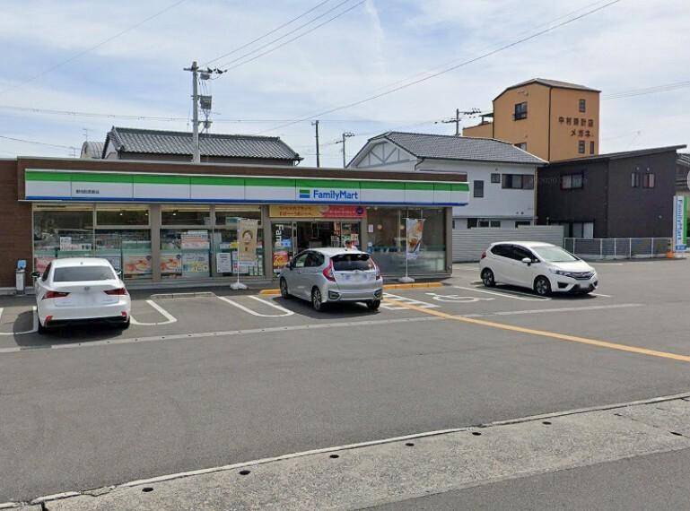 コンビニ 【コンビニエンスストア】ファミリーマート野市西野店まで727m