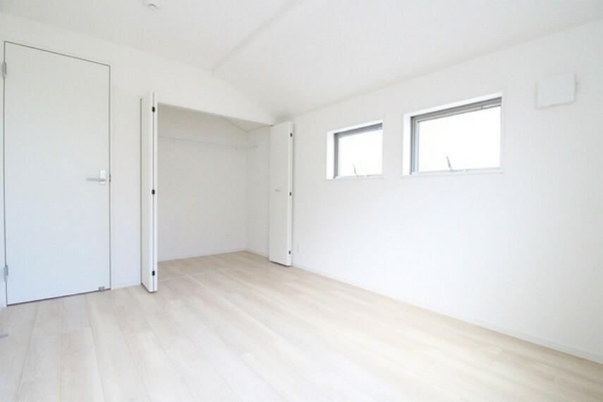 洋室 収納があることで自分のお部屋をより広く使うことができます!