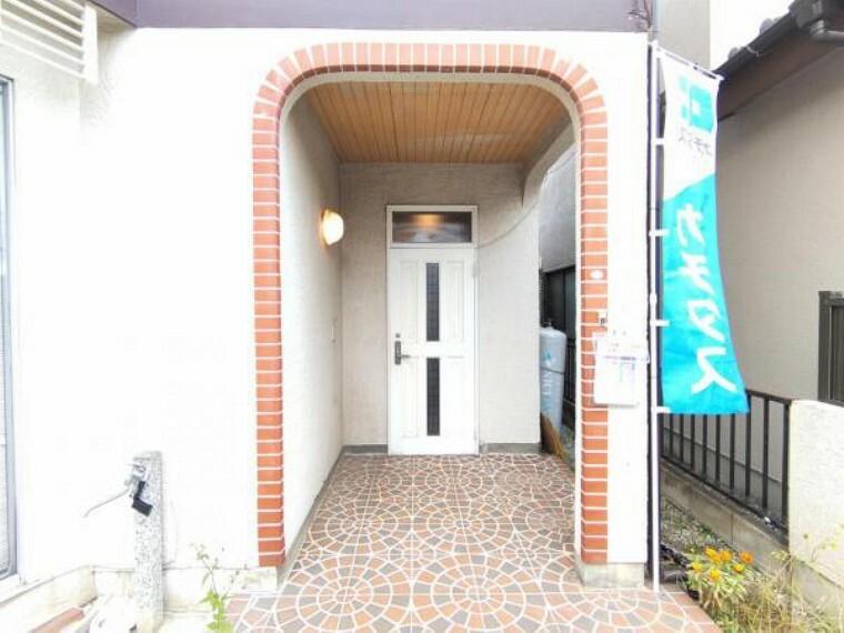 外観写真 【リフォーム前】玄関