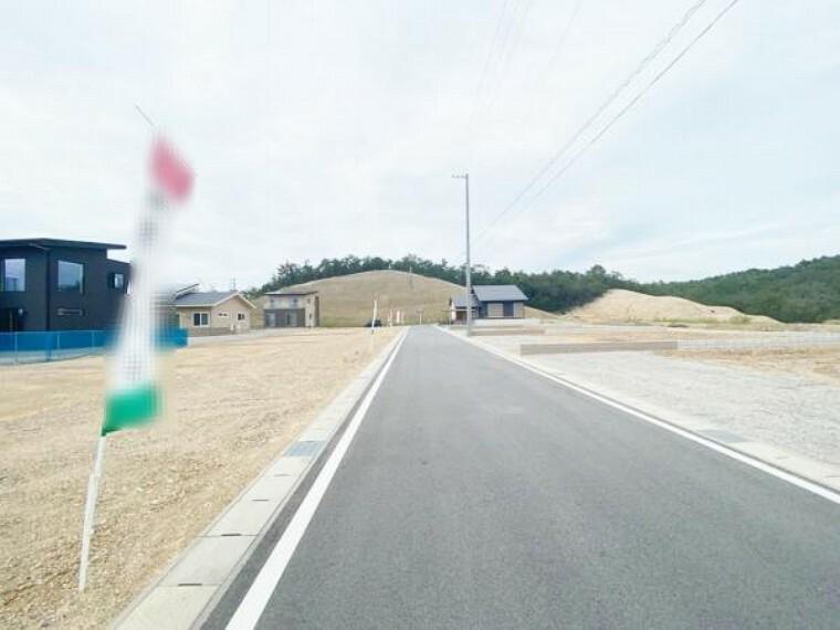 現況写真 前面道路 2021年9月24日撮影