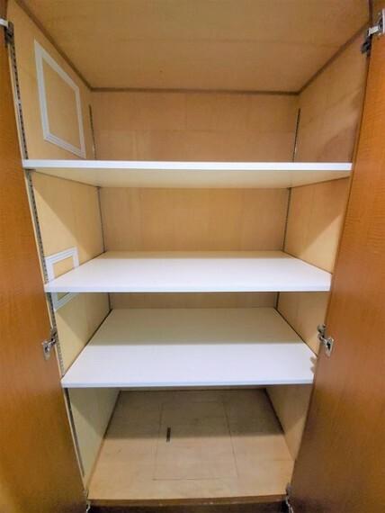 収納 廊下にも大容量収納あり