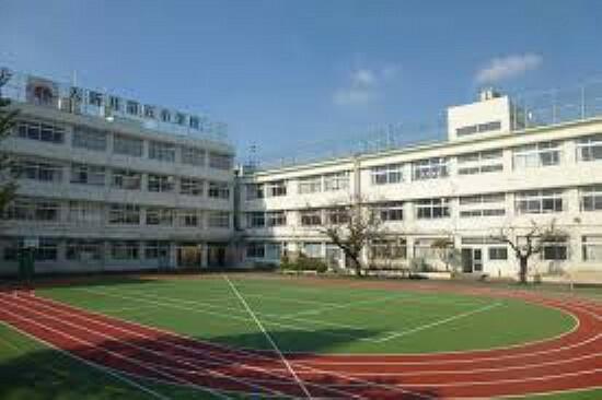 小学校 【小学校】入新井第五小学校まで731m