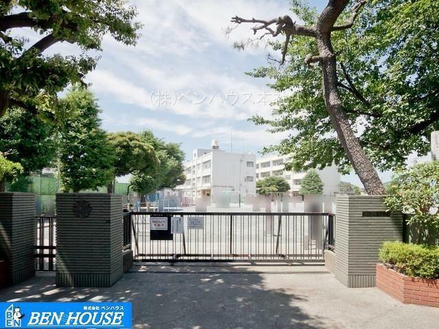 小学校 横浜市立旭小学校 徒歩9分。教育施設が近くに整った、子育て世帯も安心の住環境です。