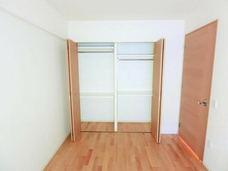 収納 各室にクローゼットがございます。収納力も十分です。