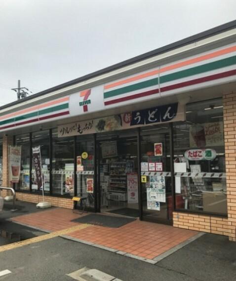 コンビニ 【コンビニエンスストア】セブンイレブン 神戸竜が岡店まで1055m