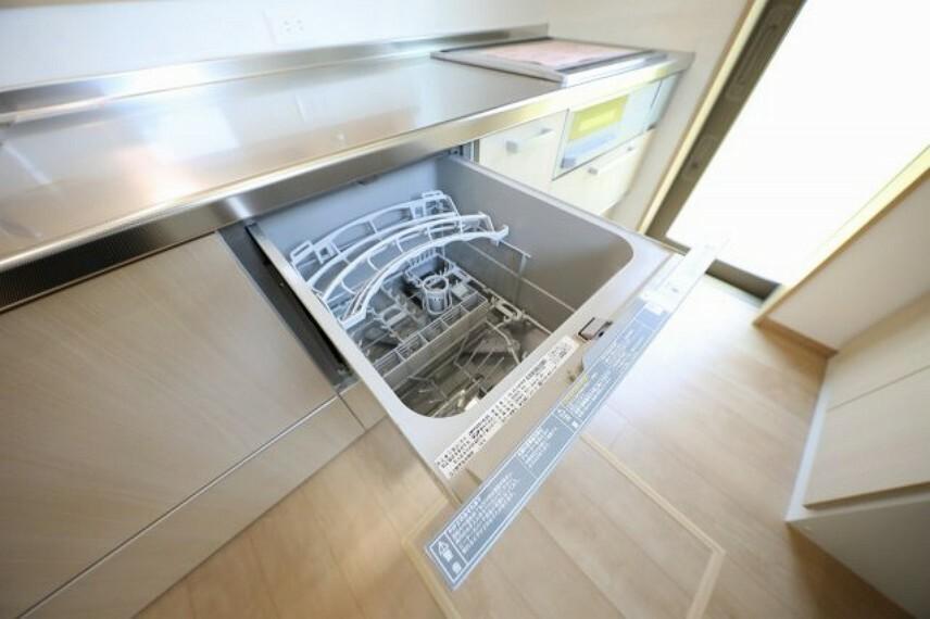 食器洗い乾燥機付きで家事も楽々。