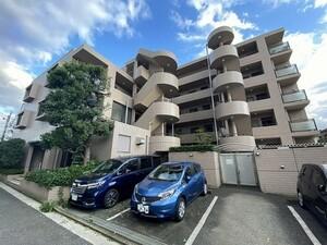 横浜鶴見ガーデンハウス